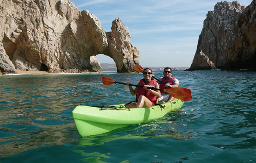 The Arch & Lover's Beach Kayaking Tour in Los Cabos